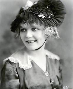 389aeae2 Juanita Hansen, like Marie Prevost, was one of Mack Sennett's discoveries.  After signing to Universal, she starred in serials like The Brass Bullet  and The ...
