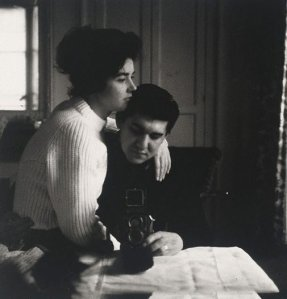 Lewis Morley with his wife Pat in 1959