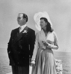 Rita marries Aly Khan, 1949