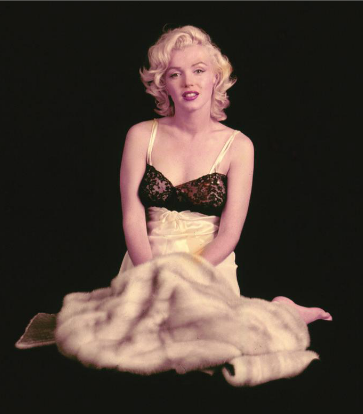 Marilyn Monroe poses for Milton Greene, 1953