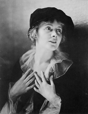 Jeanne Eagels, photographed by James Abbe (1920)