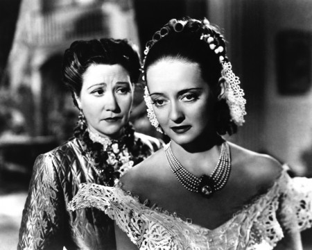 Fay Bainter with Bette Davis in 'Jezebel' (1938)